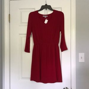 NWT Scalloped neck 3/4 sleeve red Dress size Small